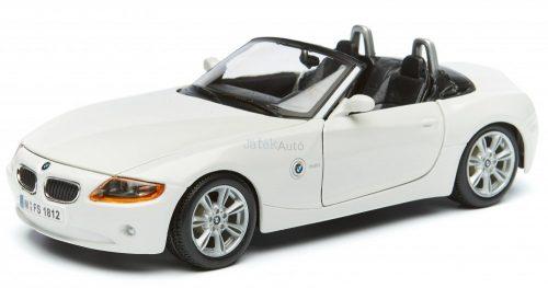 Bburago 1:24 BMW Z4 sportautó 18-22002
