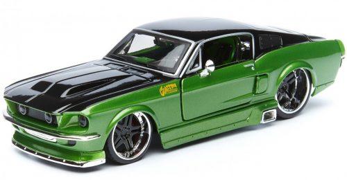 Maisto 1:24 Ford Mustang GT Coupe Custom (1967) sportautó - Szereld magad! - 39094