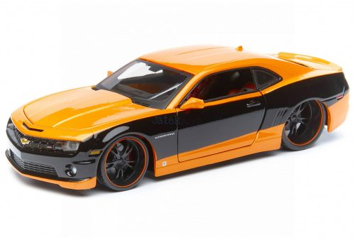 Maisto 1:24 Chevrolet Camaro SS Coupe Custom (2010) sportautó - Szereld magad! - 39361
