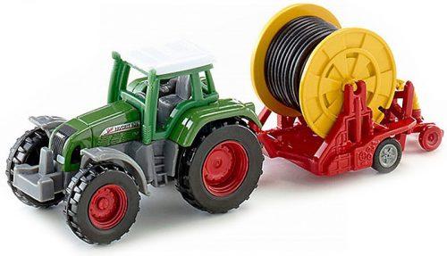 Siku 1:87 Fendt Favorit 926 traktor locsolótömlővel - 1677